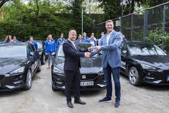 A Volkswagen ID.3 modelljei foci-Eb közelbe viszik a szurkolókat