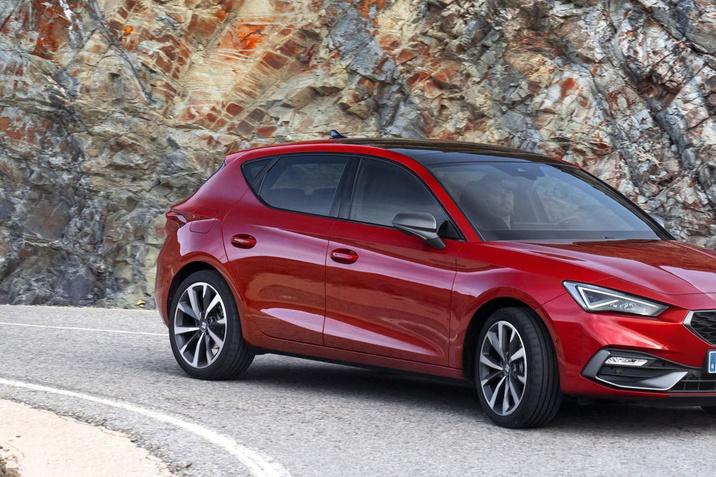 Hamarosan érkezik az új SEAT Leon és az új SEAT Leon Kombi Vissza 23.07.2020  Megkezdődött a vadonatúj SEAT Leon és Leon Sportstourer forgalmazása Magyarországon.