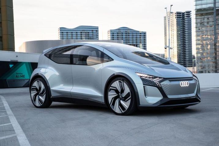 Okossá és egyénivé váló mobilitás – Az Audi a 2020-as CES kiállításon